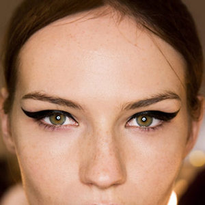 rb-thick-eye-liner-1-0809-mdn