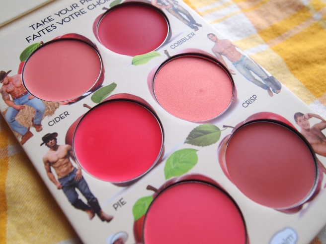 blush palette the balm
