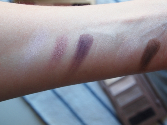 naked basics swatch